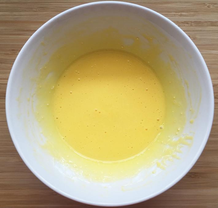 smooth yolk mixture