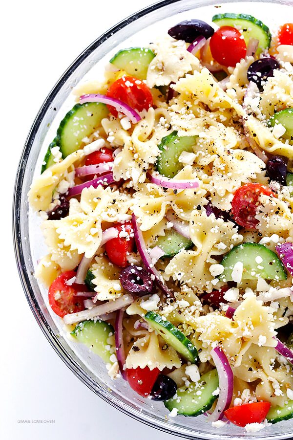 Mediterranean Pasta Salad -- quick and easy to make, and tossed with a tasty lemon-herb vinaigrette   gimmesomeoven.com