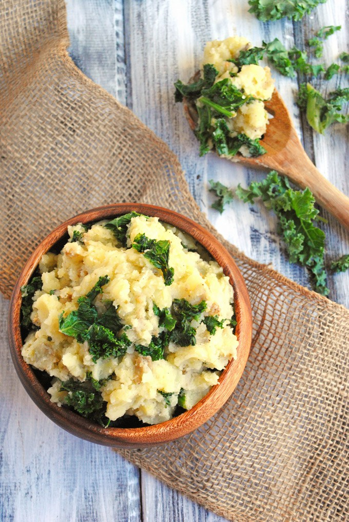 Make these creamy, delicious Vegan Mashed Potatoes for your next dinner party! Garlicky kale packs serious nutrition into this comforting side dish.